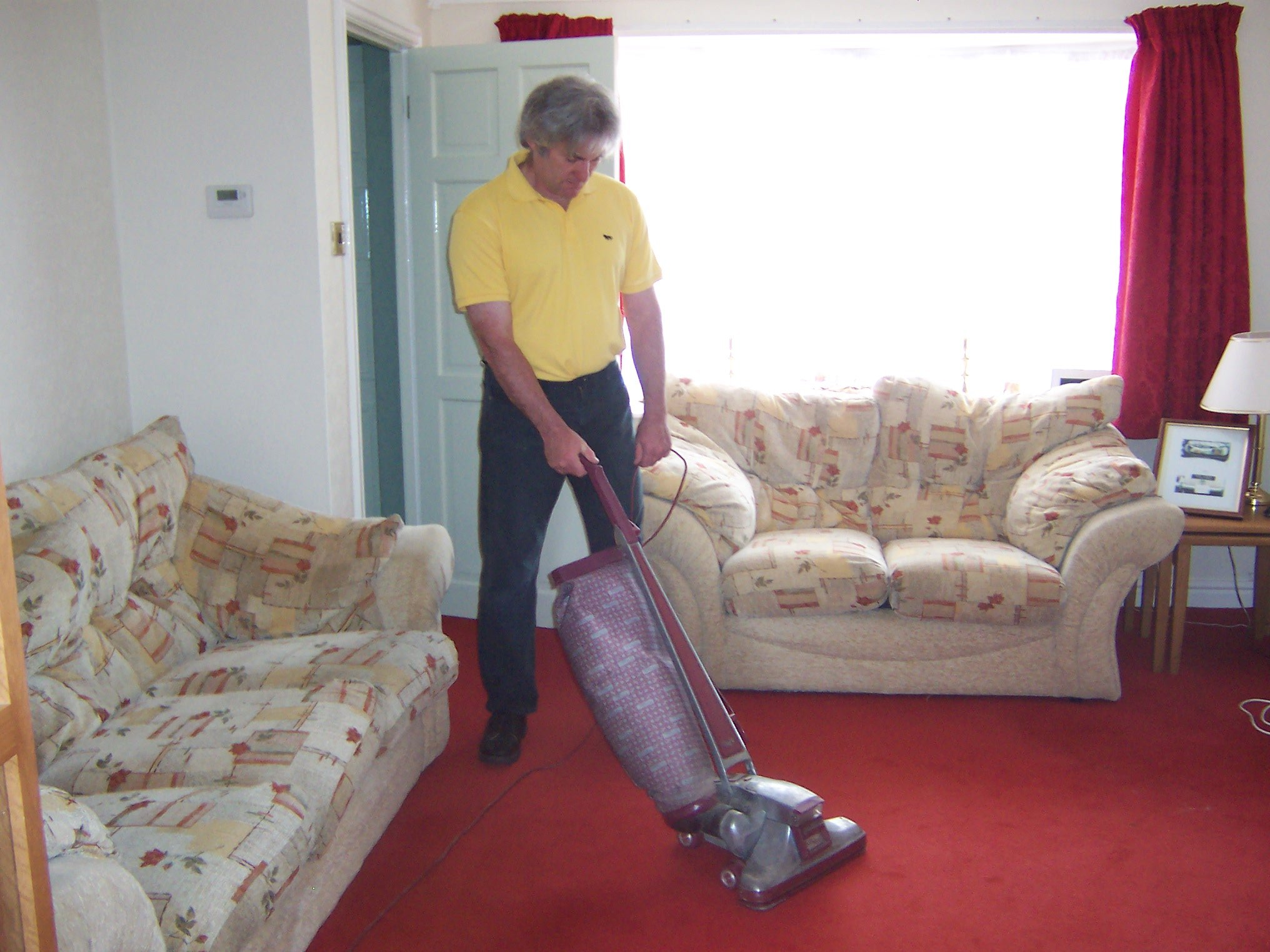 Carpet Cleaning Cleaning Specialists Call 01905 429352