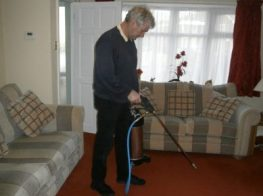 Carpet Cleaning Pre-spraying